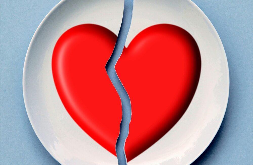 生活常見的行為中,最容易導致離婚的5大因素。